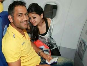 dhoni wife photo