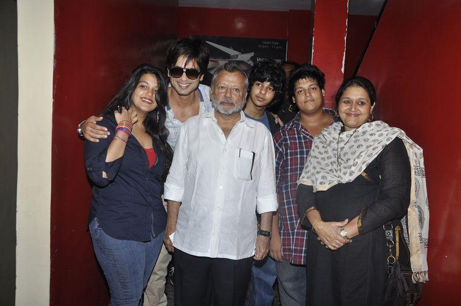 Sanah Kapoor Family Pics with Shahid Kapoor