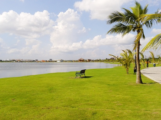 Eco park Kolkata for couples
