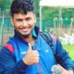 Cricketer Rishabh Pant age/girlfriend/weight/height/family Pics of Rishabh Pant Biography